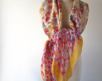 Nuno felted scarf, yellow white red felt scarf,  women silk scarf , Floral Women shawl silk Rose  scarfwool silk shawl felted stole