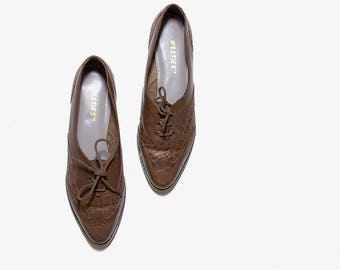 Vintage Leather Oxfords 7 / Brown Leather Oxfords / Lace Up Brogues / Lace Up Oxfords