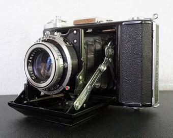 Vintage Zeiss Ikon 521/16 Camera
