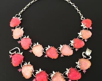 Lisner Strawberry Vintage Jewelry Set, Vintage Necklace & Vintage Bracelet, 1960s Lisner Lucite Jewelry, Pink Rhinestones, 60s Lucite Choker