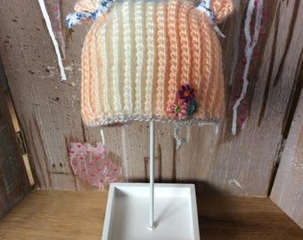 Blythe crochet pompom hat