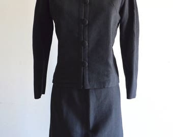 Vintage 1960 Jackie Kennedy Style black wool VOGUE PARIS Original business fitted sheath Dress jacket suit skirt