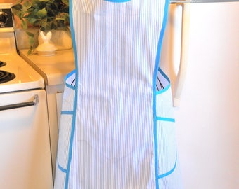 Old Fashioned Size XXL Crossover Apron in Turquoise Ticking