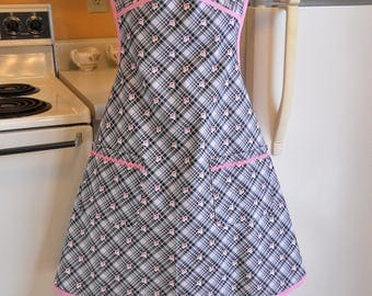 Women's Vintage Style Apron in 1930's Reproduction Fabric