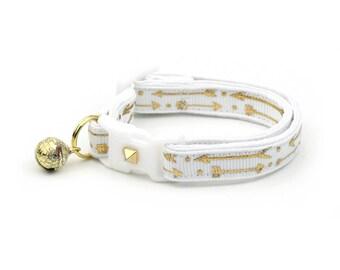 Arrow Cat Collar - Metallic Gold Arrows on White - Small Cat / Kitten Size or Large Size - Woodland - Boho - Wedding