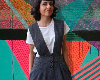 Vintage 1980's Gray Jumper with Pockets