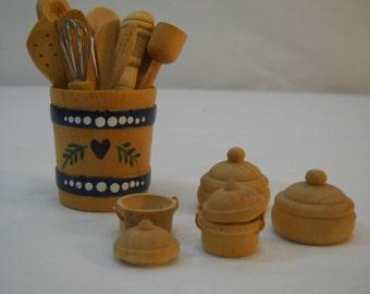 Vintage Miniature Shadowbox Display Kitchen Wares Utensil Crock Bowls Pots FREE SHIPPING