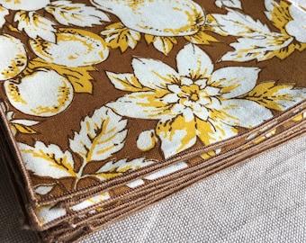 1960s -70s Set 12 100% Cotton Cloth Napkins Vintage Floral Fruit- B5