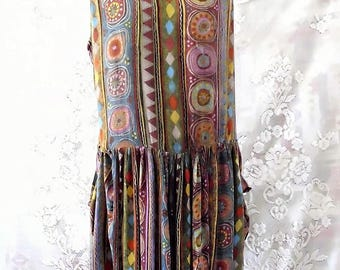 Tribal Print 90s style  grunge dress. #KheGreen #Eco