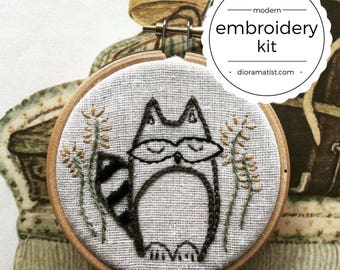 embroidery kit // Lewis the roly-poly raccoon - raccoon embroidery kit