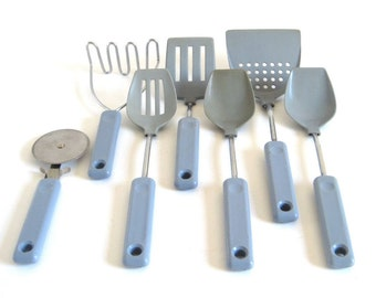 Ekco Wide Wok Spatula Turner, Pizza Wheel, Potato Masher, Slotted Spoon, Blue Gray Kitchen Utensils 1990