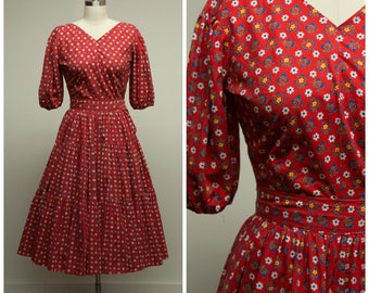 Vintage 1950s Dress • Days Go By • Red Floral Print Cotton 50s Dress Set Blouse and Skirt Size Small