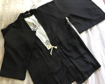 Vintage silk japanese haori kimono jacket with placed embroidery