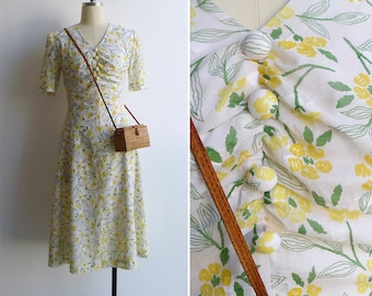 Vintage 80's Does 30s 'Floral Pastimes' Ruched Bust Cotton Midi Dress S or M