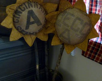 Large Primitive Feed Sack Sunflower ~~ prim fall decor