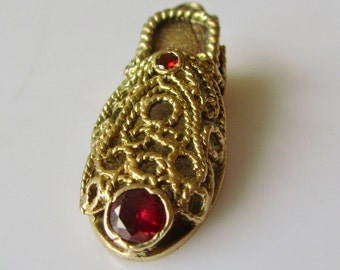 9ct Gold and Garnet Slipper Charm or Pendant