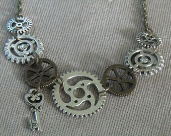 Steampunk Necklace Antique Bronze Antique Silver Gears Cogs Key Necklace Clockwork Gear Necklace Steampunk Chain Retro Vintage Watch Parts