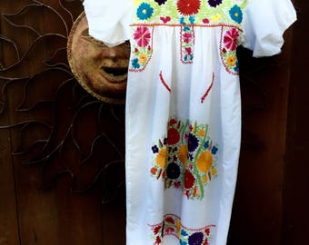 Vintage Mexican Dress, Girls Mexican Dress, Young Frida Costume, Ethnic Girls Dress, Size XXS