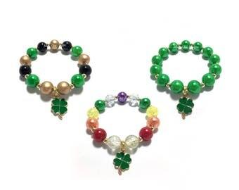 Toddler or Girls Small Beaded Clover Charm Bracelet - St Patricks Day Charm Bracelet - Rainbow Shamrock Bracelet - Green and Gold Bracelet