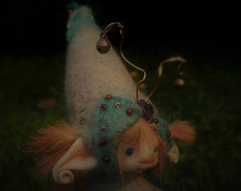 sweet  ooak posable fair  skin  tiny   fairy fairie fae bug