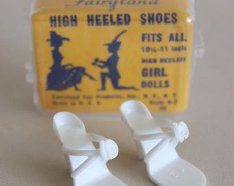 """Vintage 1950s JILL (and same size) DOLL Shoes - WHITE High Heels (""""Fairyland"""")"""