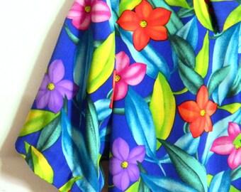 70s Vintage Hawaiian Shirt / Retro Tropical Blouse / Island Resort Shirt / Tropical Leaves