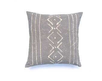 Gray Boho Pillow Grey Throw Pillow Tribal Pillow Cover 18 x 18 Tribal Pattern Shibori Grey Pillow Boho Pillow Neutral Pillow Gray Pillow