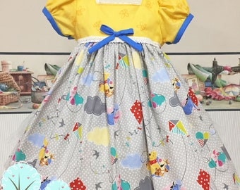 Pooh Dress, Winnie the Pooh Dress, Honey Bear Dress, Disney Vacation Dress, 1st Birthday Dress, Pooh Birthday, Girls Dress, 100 Acre Woods