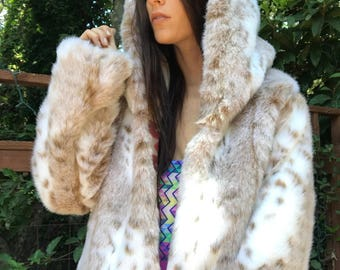 Windrunner/Snow Leopard reversible Faux Fur Playa Coat