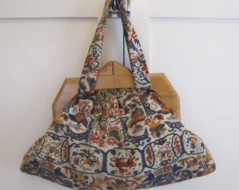 1930's Folk Fabric Sewing Bag, Sewing Bag, Knitting Bag, Folk, Fabric, German, Floral,  1940s, 1930's, Wool, Wooden Handles