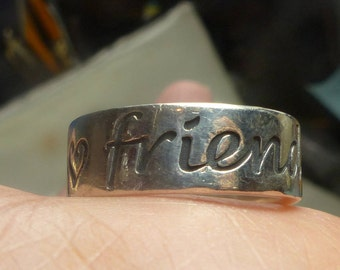 """James Avery """"Friends Forever"""" Ring Sz 8-9 grms- 3mm thick - nice 2015"""
