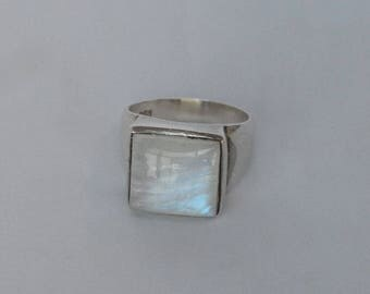 Vintage Sterling Ring wi Large MOP Stone Sz 7