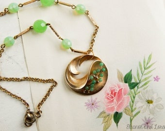 Upcycled vintage assemblage necklace / statement necklace / recycled jewelry / assemblage jewelry / vintage necklace / reloved jewelry