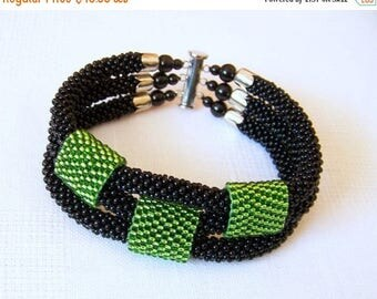 15% SALE Beded crochet bracelet - Beadwork bracelet - 3 Strand Bead Crochet Bracelet in black and green - modern bracelet