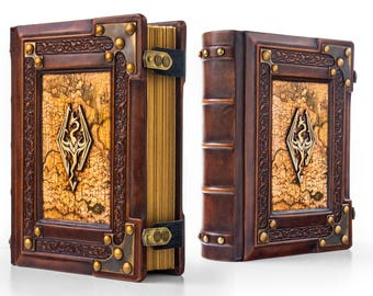 Skyrim leather journal - 8 x 10 inches large - 700 pages - Medieval style - Gamer handbook - Skyrim book - Dark Brotherhood - Blank book