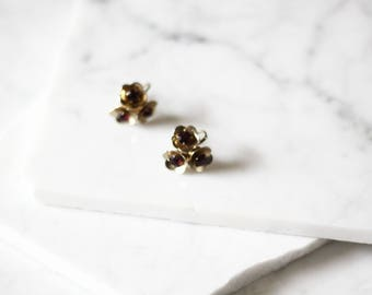 1960s gold flower earrings // 1960s Coro earrings // vintage earrings