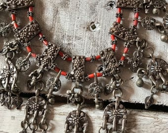 Antique Ethnic Coral 19th Century Filigree Yemeni Necklace