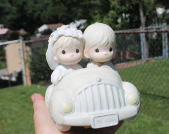 """Precious Moments """"Wishing You Roads or Happiness"""" Figurine - Just Married Couple in Car with Cans - Cake Topper - Collectible - Wedding Gift"""