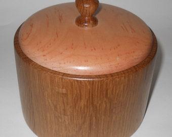 Round Lidded White Oak and Maple Keepsake Box