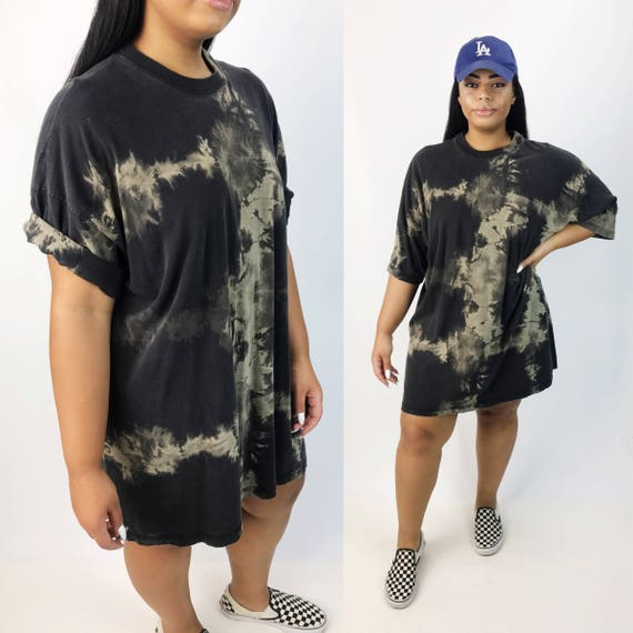 Black Tie Dye Bleached Long Tall Tee 4XL - Unisex Grunge Goth Plus Size Streetwear Crew Neck Shirt Dress - Rustic Baggy Oversized Cotton Tee