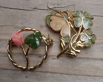 Two small vintage brooches