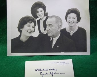 Vintage Stock black / white LBJ White House family portrait with greeting card. a week after Kennedy   Ephemera Free Shipping Domestic USA
