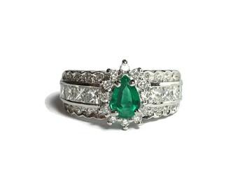 High Quality 18k White Gold 1/4 CT Emerald & VS/White Diamond Ring 5.9 Grams Size 5 1/2