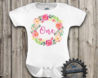 Floral birthday shirt, Birthday girl shirt, First Birthday baby clothes, Flower wreath with One, Cute birthday shirt, 1st Birthday, DGK_11