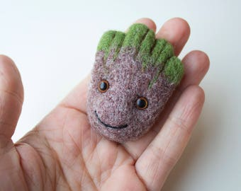 Groot brooch / Needle felted brooch Groot / Baby Groot / Wool brooch / Felted toy / Felted brooch / Handmade Groot