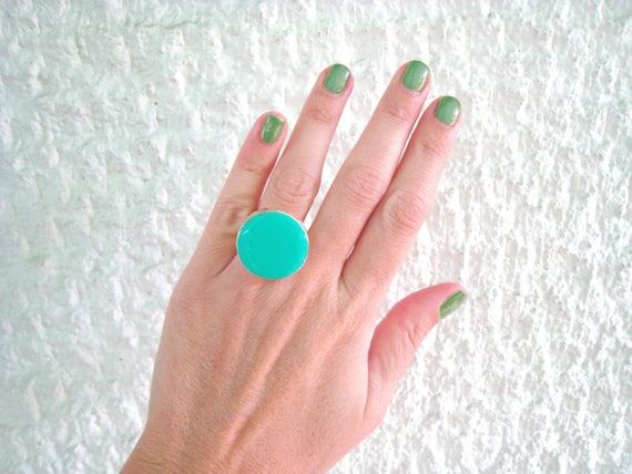 Light Green ring, mint green resin ring, round ring, modern minimalist green glass ring, big chunky ring, color block jewelry