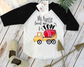 Aunt shirt, My Auntie Loves me a Ton, Nephew Gift, Aunt Baby Bodysuit, Cute Boy Clothes, Auntie shirt, Nephew Shirt,Baby Shower Gift, Raglan