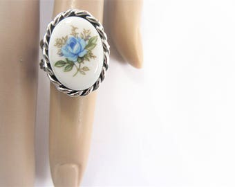Sarah Coventry Blue Rose Flower Ring Adjustable
