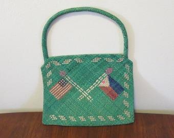 Vintage 1910s 1920s 1930s green straw purse tourist item Roberta Philippines Islands American flag (111817)