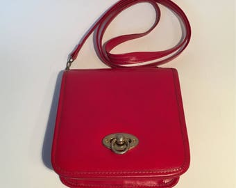 Vintage red leather satchel bag handmade in Mexico
